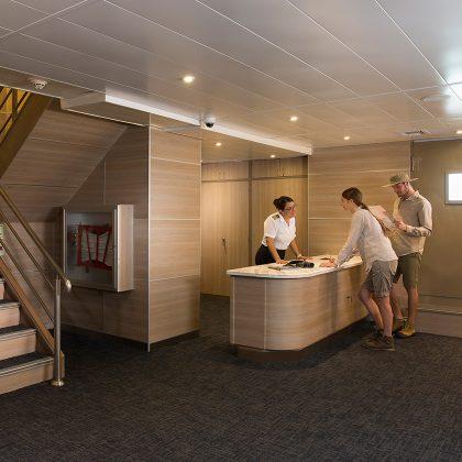 Yacht Isabela features: first class servicec