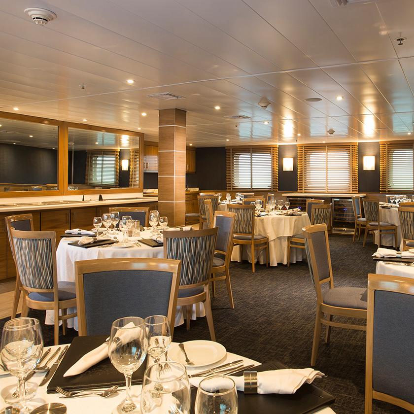 Yacht Isabela features: restaurant on main deck