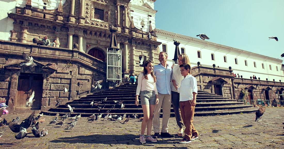 Plaza San Francisco in Quito, Ecuador
