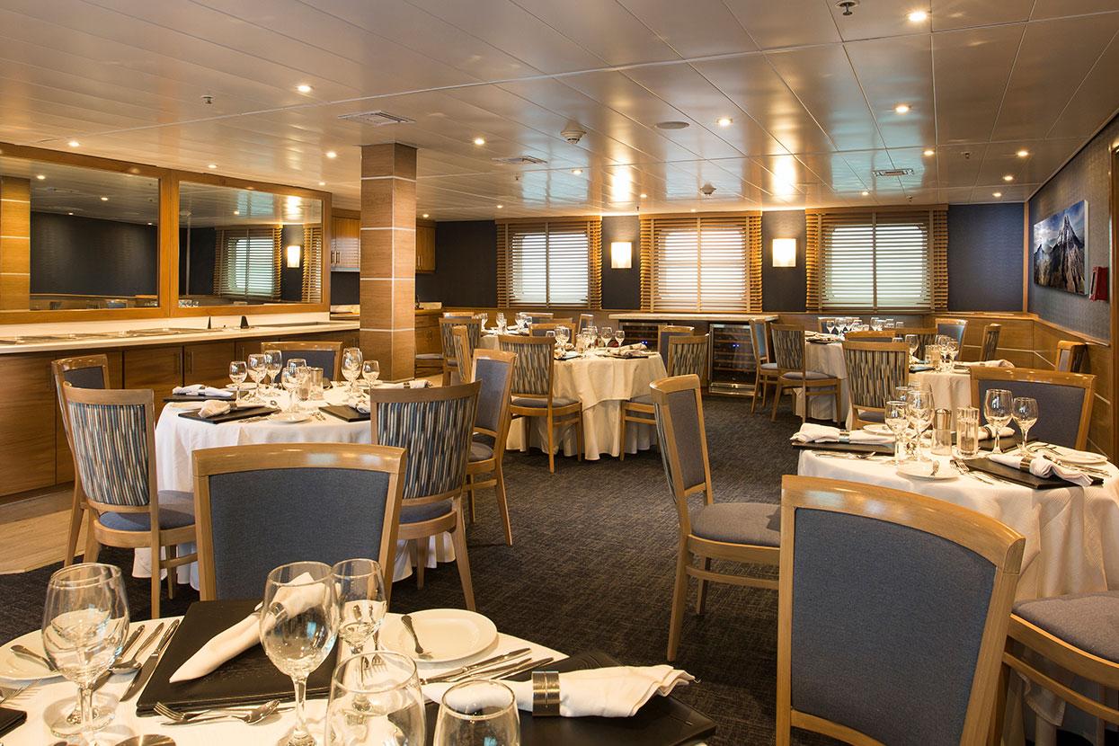 Restaurant at Yacht Isabela II